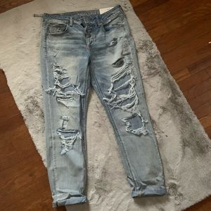 🦅 NWT AE tomgirl classic vintage destroy jeans